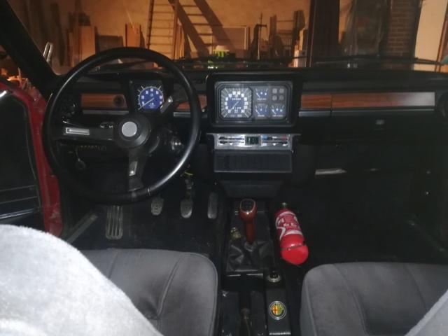 Sauver un coupé Alfetta GTV 2000 de 1978 Intear10