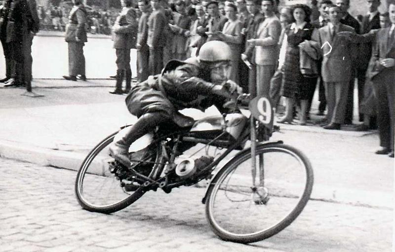[Oldies] Les transporteurs de motos des paddocks - Page 3 00_cam10