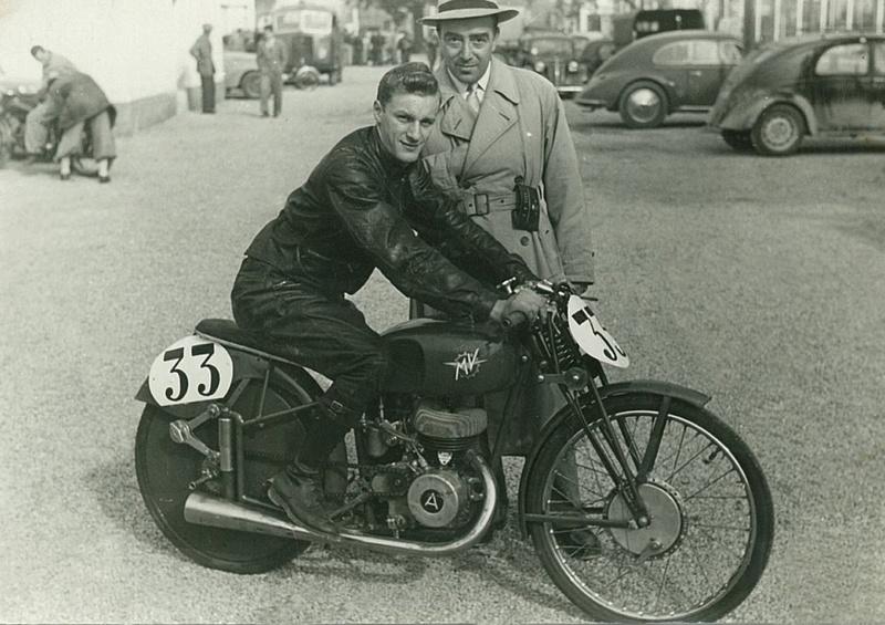[Oldies] MV Agusta : l'histoire des motos d'usine en images... - Page 26 125-co10