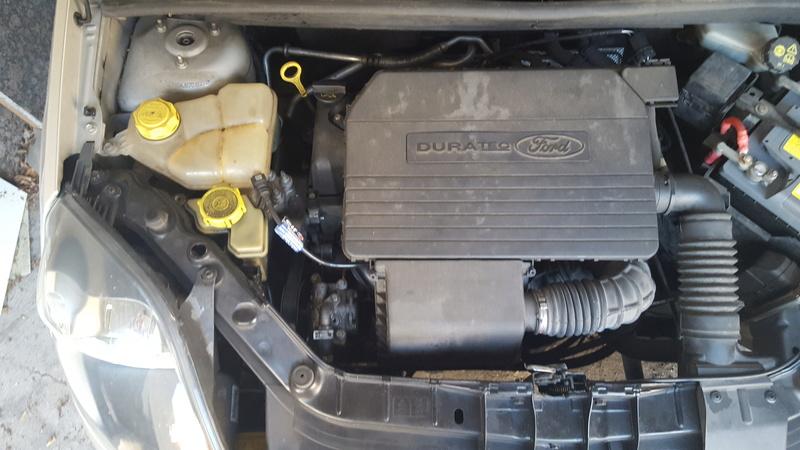 [ Ford Fiesta 1.3 ess. an 2007 ] Voyant moteur fixe 20160712