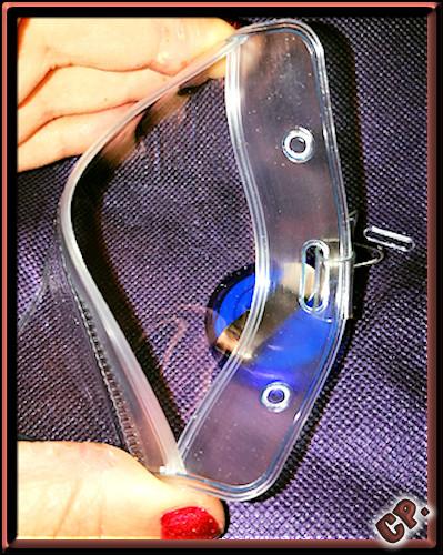 iLoveCos - Ausweishalter mit Clip Offene12