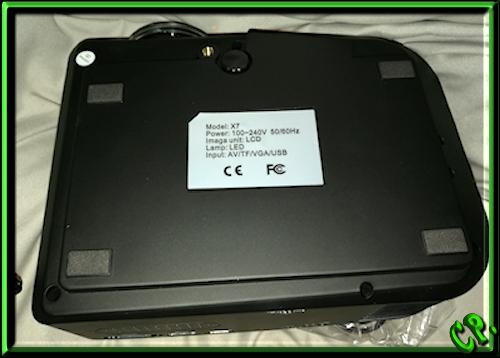 ieGeek Tragbarer LED Heimkino Mini Projektor Unters15