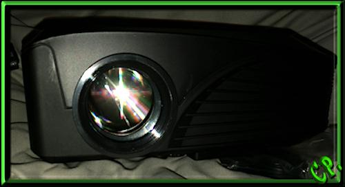 ieGeek Tragbarer LED Heimkino Mini Projektor Vorder17