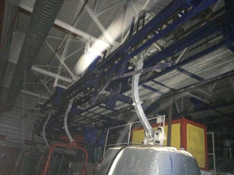 Télécabine à attache débrayable 4 places (TCD4) de la Daille Img_2531