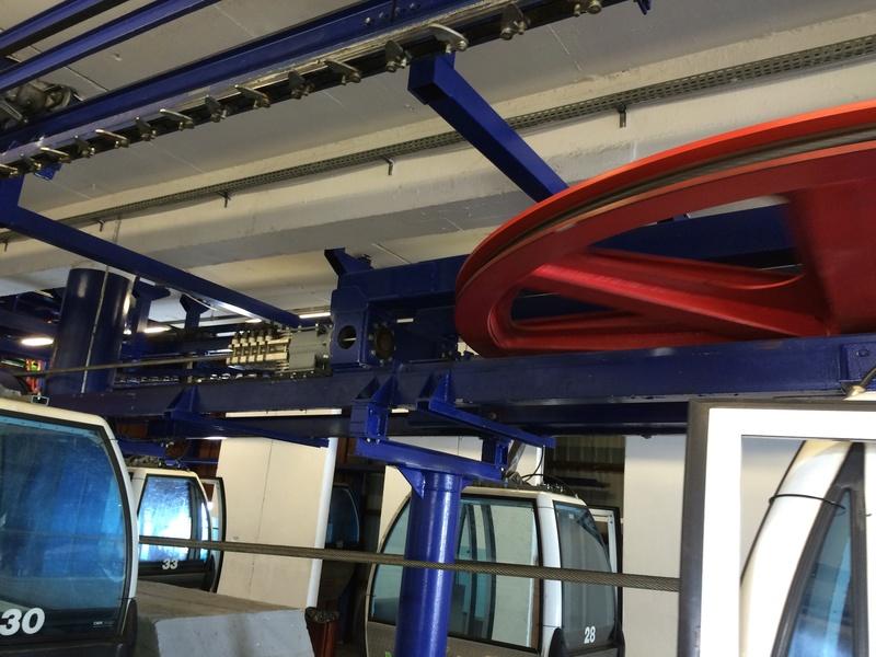 Télécabine à attache débrayable 4 places (TCD4) de la Daille Img_2641