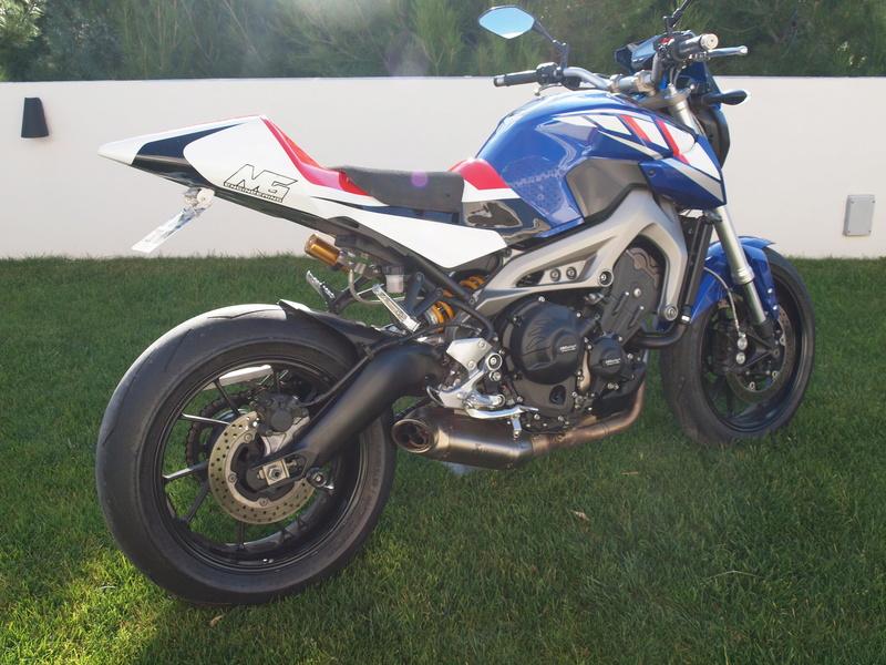 Photos de toutes les Yamaha MT-09 du forum ! :) - Page 23 P1042010