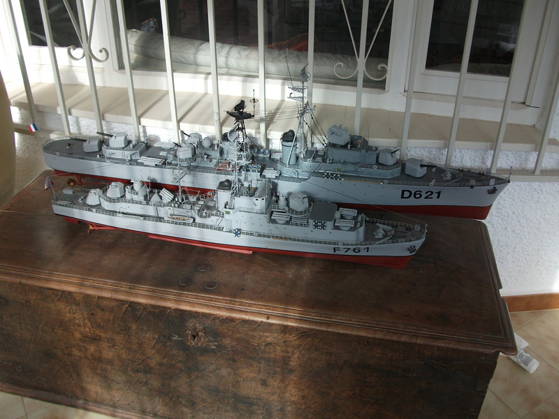 HMS HANNIBAL 1/96  (Predreadnought) DEAN'S MARINE - Page 5 Dscf2527
