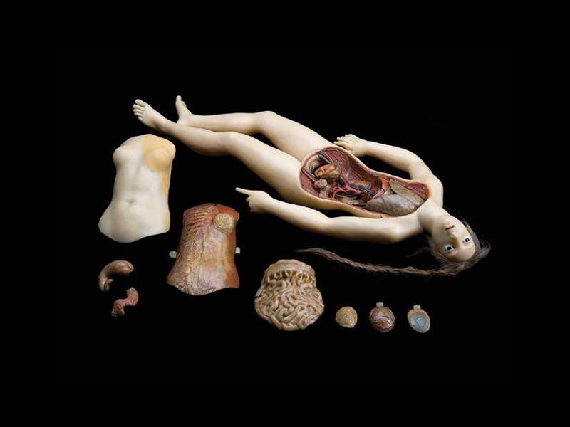 Le bref et mystique règne du cadavre de cire J1015