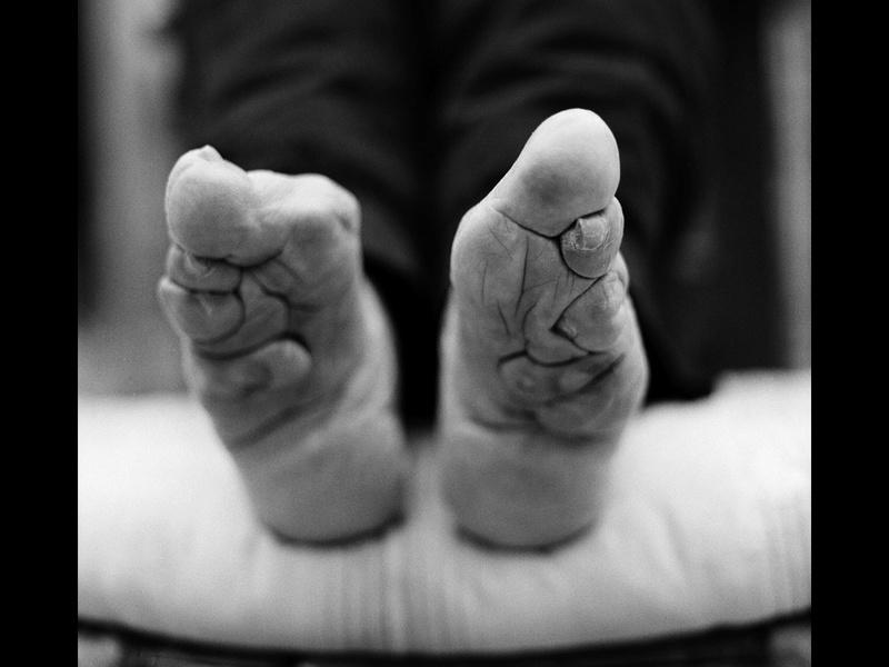 Histoires de pieds ... chaussés N123