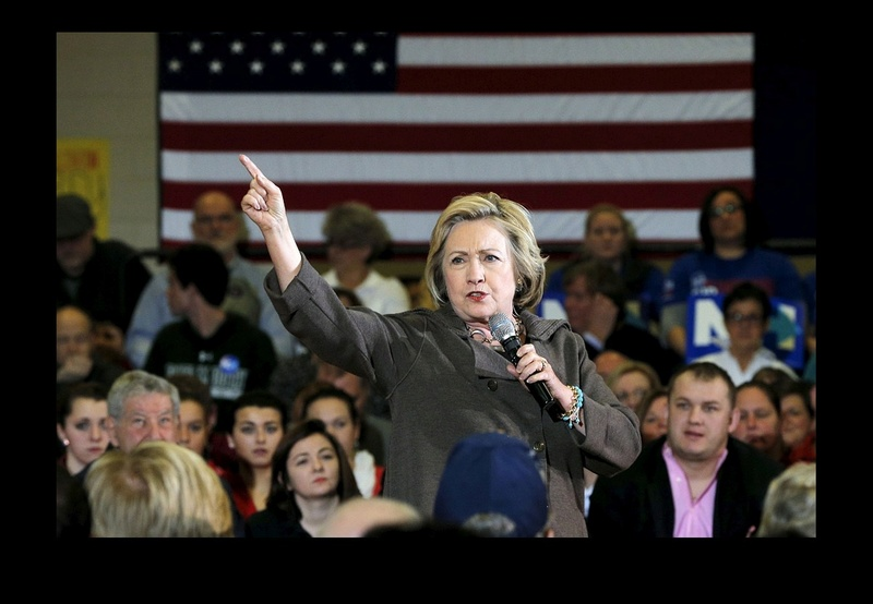 Hillary Clinton s'intéresse-t-elle aux OVNIS ? Sans_402