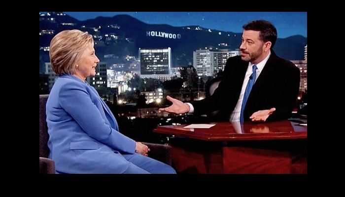 Hillary Clinton s'intéresse-t-elle aux OVNIS ? Sans_405