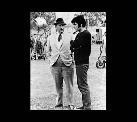 Elvis Aron Presley, projet des services secrets (1/3)  Sans_481