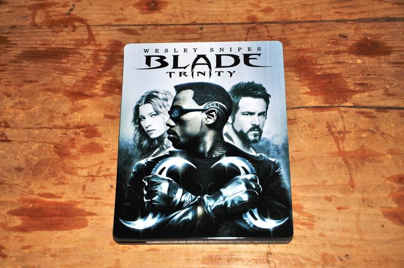 Les DVD et Blu Ray que vous venez d'acheter, que vous avez entre les mains - Page 2 Dsc_0825