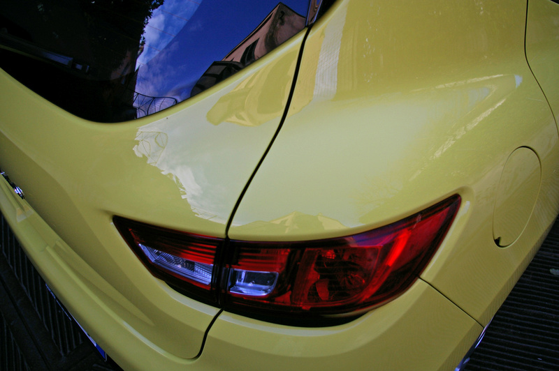 Renault Clio gialla tutta nana Imgp4028