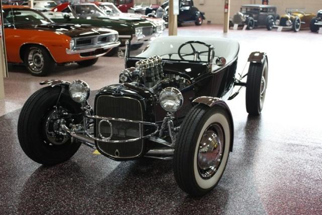 """1927 FORD MODEL T - THE ORIGINAL """"BLACK WIDOW"""" - Wally Olson - Bill Scott 0711"""