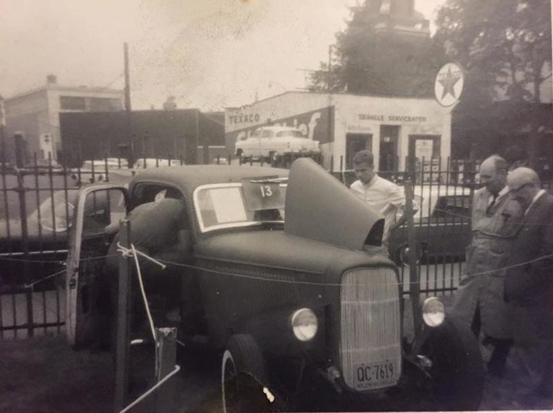 Vintage Car Show - Page 19 10481410