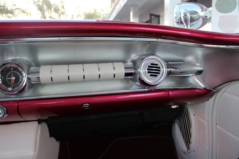 Pontiac 1955 - 1958 custom & mild custom - Page 2 11505_10