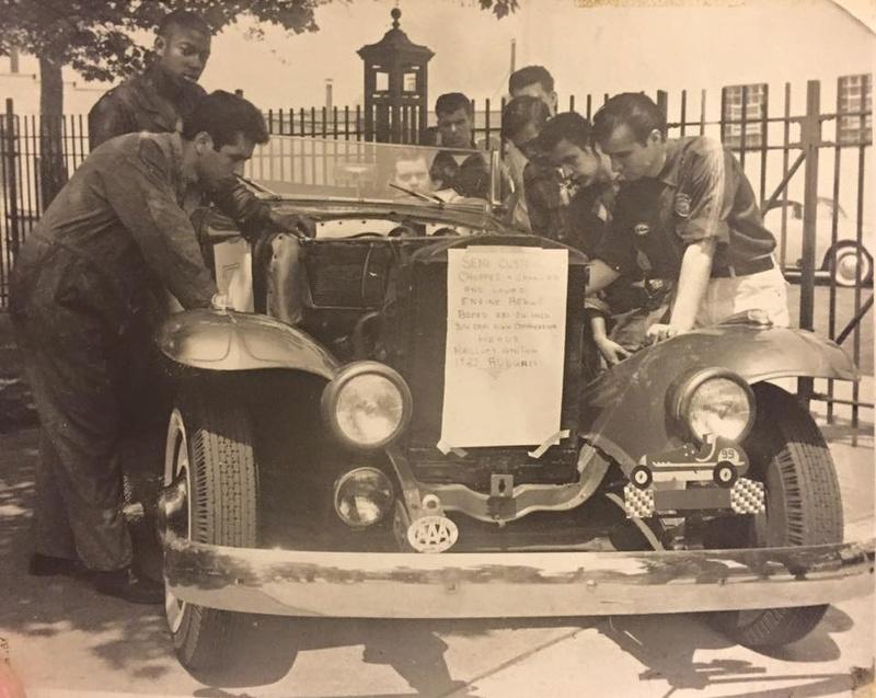 Vintage Car Show - Page 19 12744010