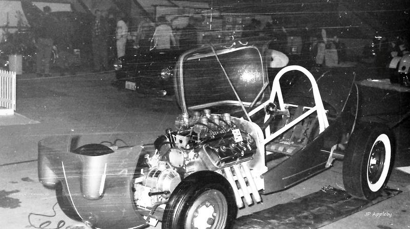 Vintage Car Show - Page 19 14608710