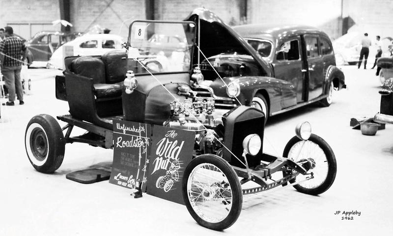 Vintage Car Show - Page 18 14884410