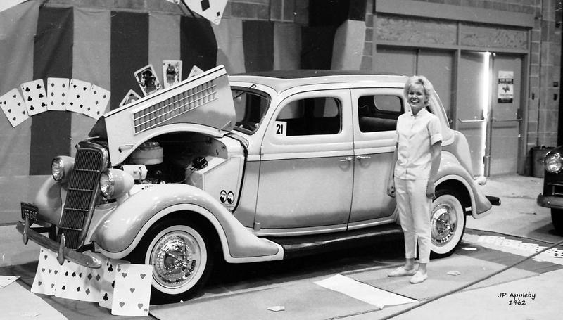 Vintage Car Show - Page 18 14918910