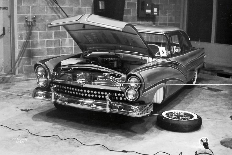 Vintage Car Show - Page 19 14918911