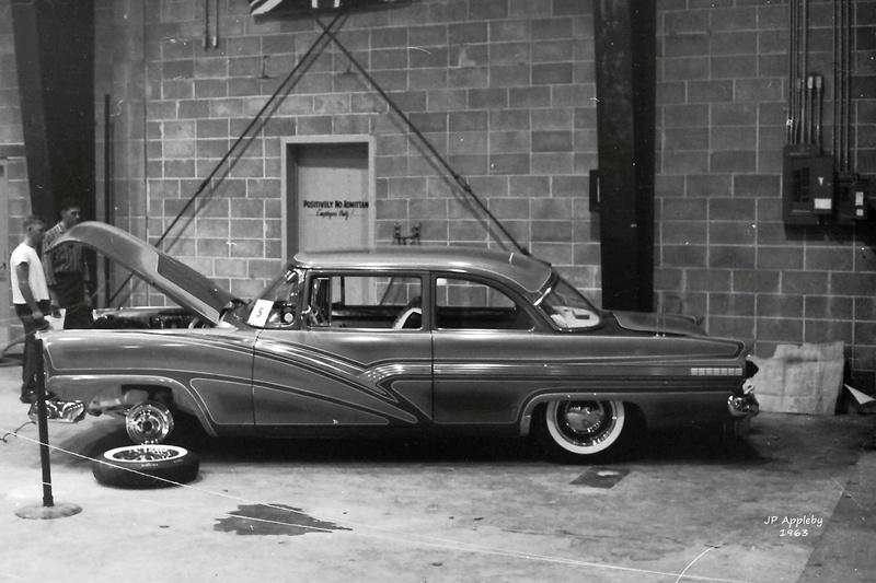 Vintage Car Show - Page 19 14990910