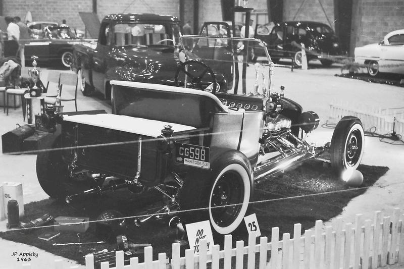 Vintage Car Show - Page 19 14991310