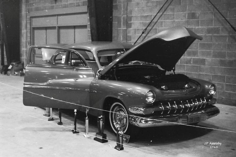 Vintage Car Show - Page 18 15000110