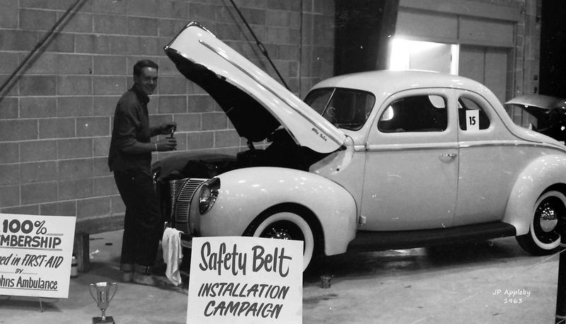 Vintage Car Show - Page 18 15002310