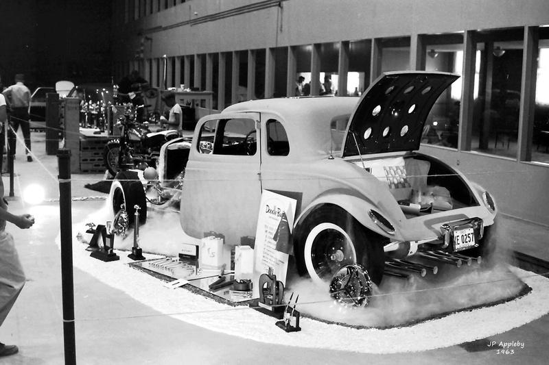 Vintage Car Show - Page 19 15039510