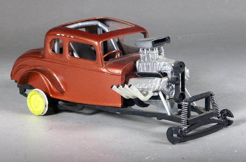 Vintage built automobile model kit survivor - Hot rod et Custom car maquettes montées anciennes - Page 8 15078511