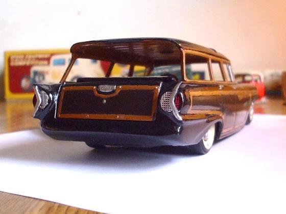 Vintage built automobile model kit survivor - Hot rod et Custom car maquettes montées anciennes - Page 8 15078512