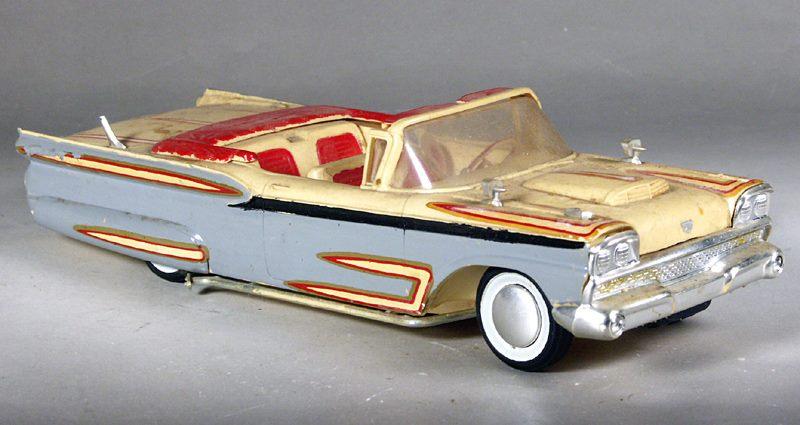 Vintage built automobile model kit survivor - Hot rod et Custom car maquettes montées anciennes - Page 8 15078710