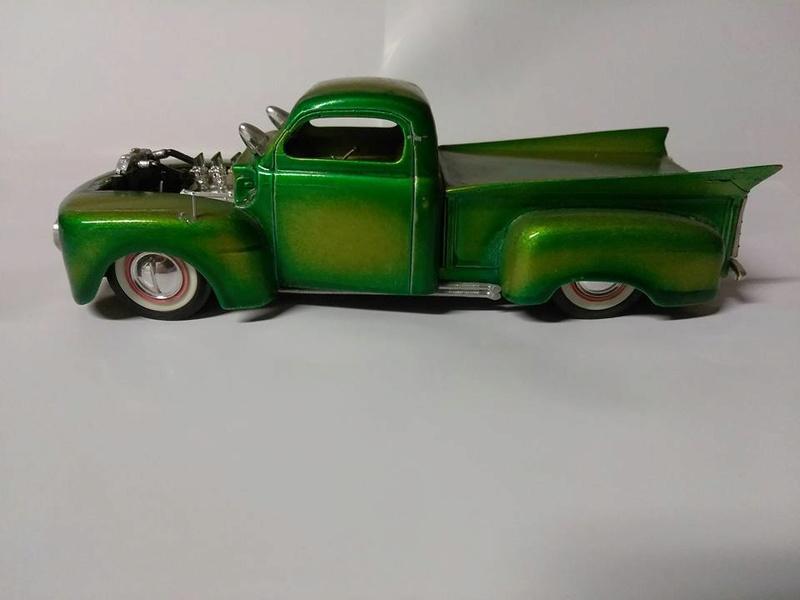 Vintage built automobile model kit survivor - Hot rod et Custom car maquettes montées anciennes - Page 8 15095010