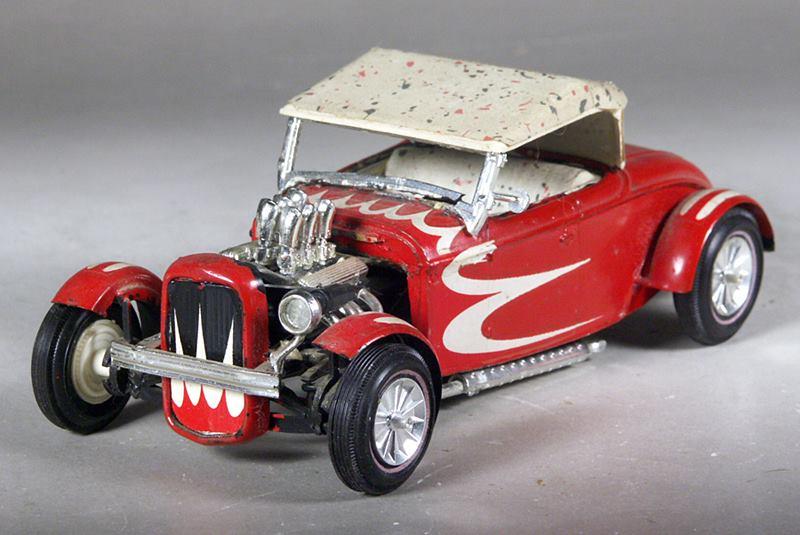 Vintage built automobile model kit survivor - Hot rod et Custom car maquettes montées anciennes - Page 8 15107311