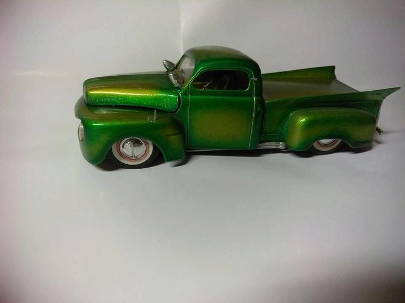 Vintage built automobile model kit survivor - Hot rod et Custom car maquettes montées anciennes - Page 8 15109610