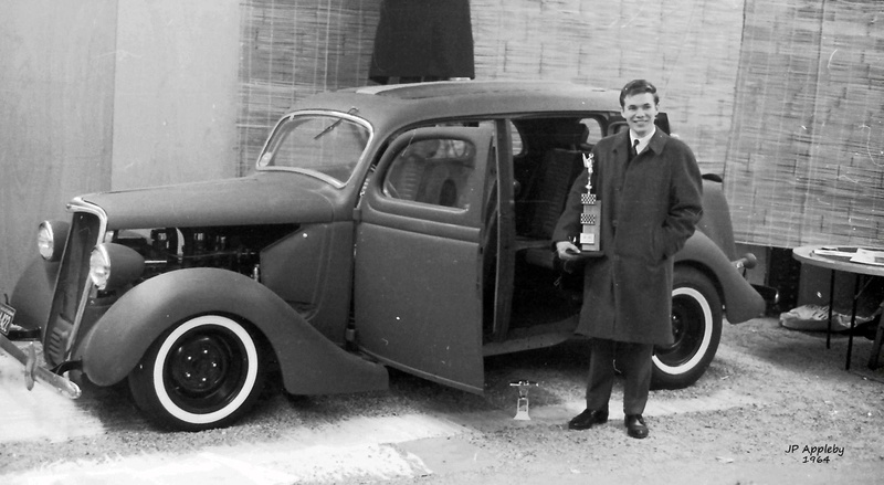 Vintage Car Show - Page 19 15110211