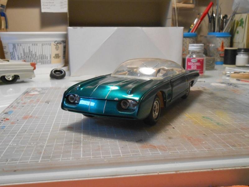 Vintage built automobile model kit survivor - Hot rod et Custom car maquettes montées anciennes - Page 8 15110314