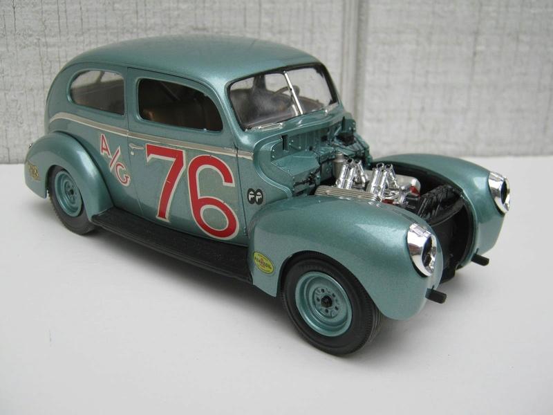 Vintage built automobile model kit survivor - Hot rod et Custom car maquettes montées anciennes - Page 8 15111010