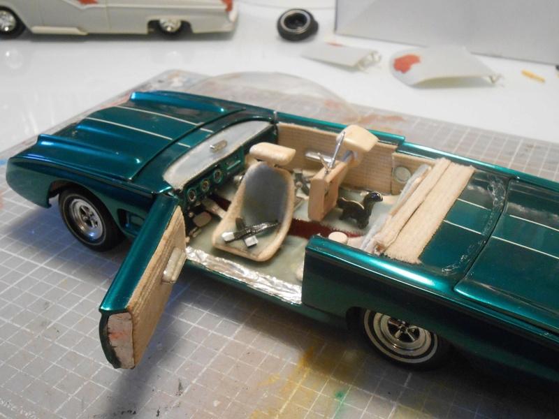 Vintage built automobile model kit survivor - Hot rod et Custom car maquettes montées anciennes - Page 8 15129611