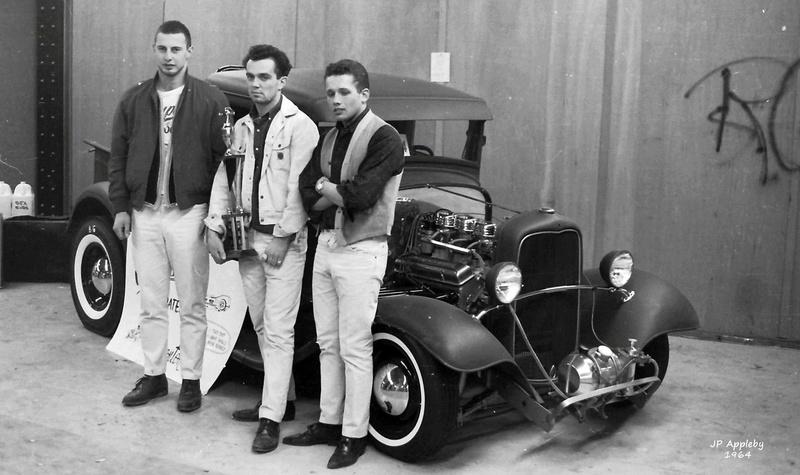 Vintage Car Show - Page 19 15156810