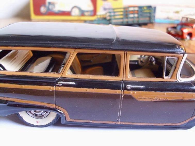 Vintage built automobile model kit survivor - Hot rod et Custom car maquettes montées anciennes - Page 8 15170713