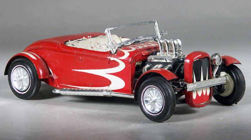 Vintage built automobile model kit survivor - Hot rod et Custom car maquettes montées anciennes - Page 8 15181110