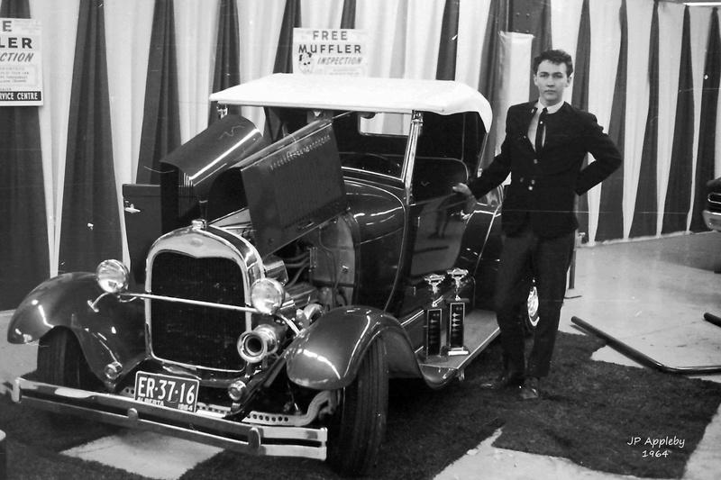 Vintage Car Show - Page 19 15194410