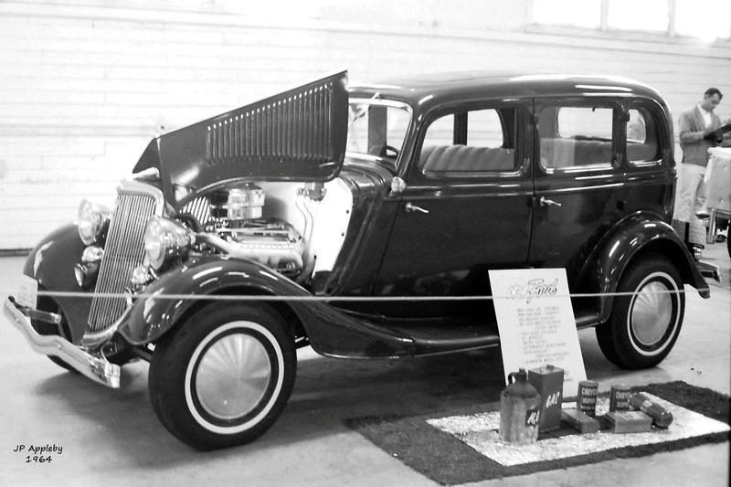 Vintage Car Show - Page 19 15235510