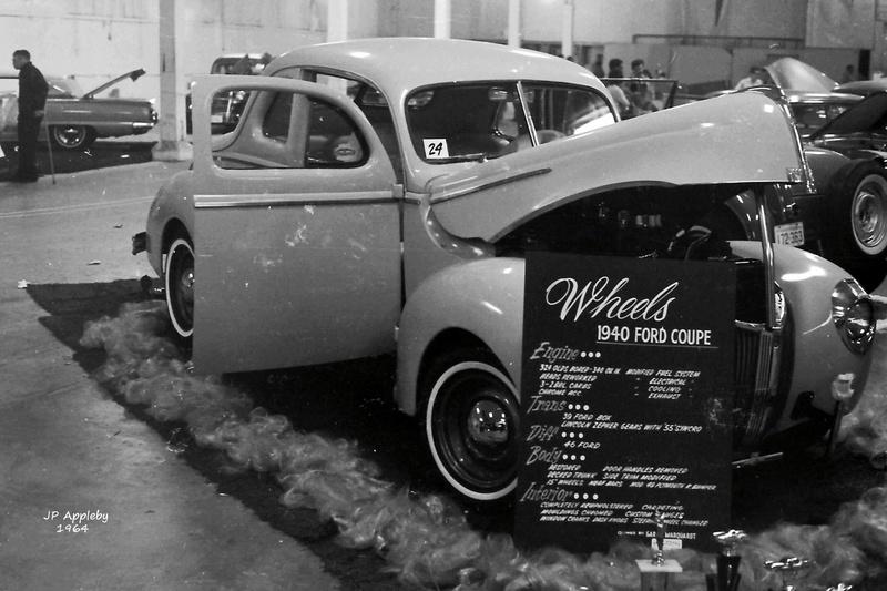 Vintage Car Show - Page 19 15259212
