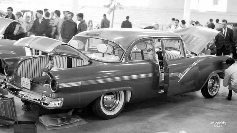 Vintage Car Show - Page 19 15271710