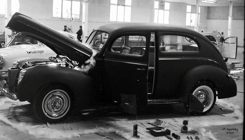 Vintage Car Show - Page 19 15272110