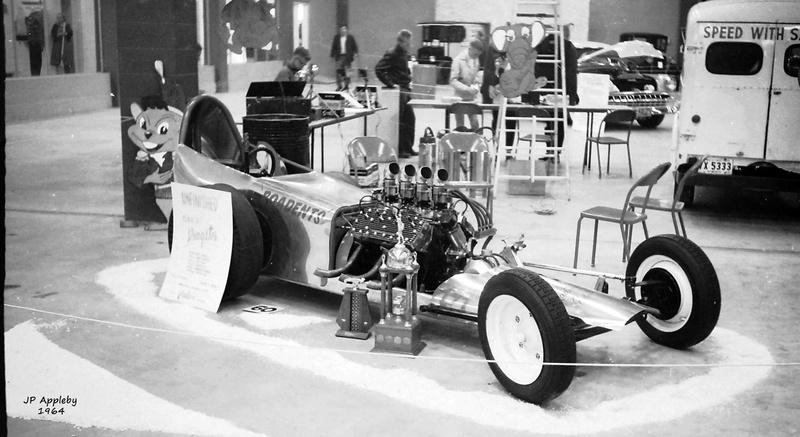 Vintage Car Show - Page 20 15369113
